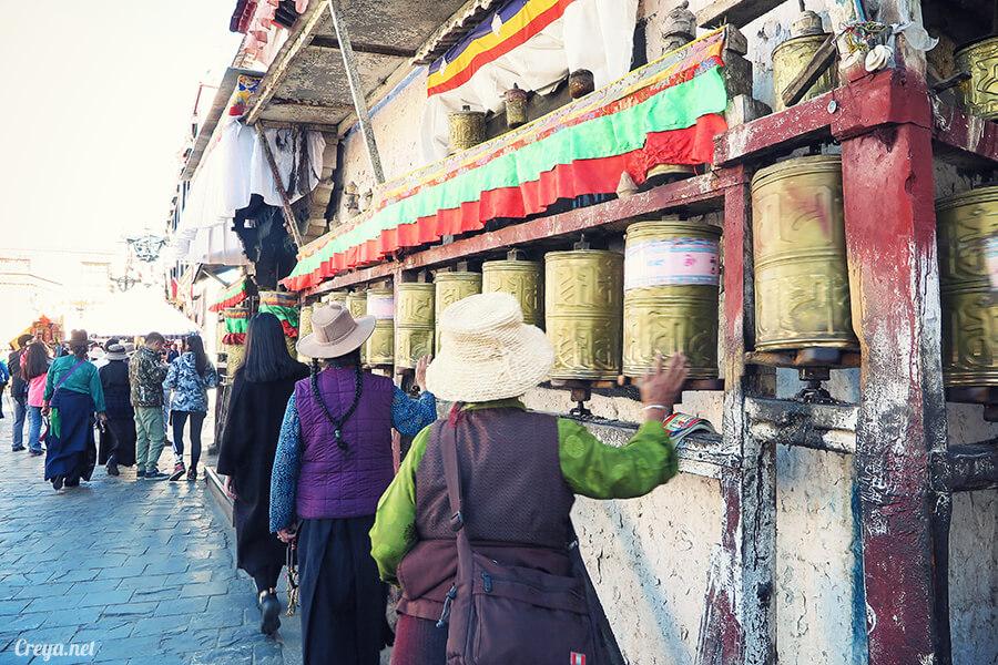 2015.12.09   Tibet 西藏踢北去   尋找藏人真正的拉薩中心,被信仰力量震撼的大昭寺與舊城區 25.jpg