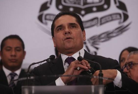 Silvano Aureoles prevé liquidar deuda de Michoacán en 2016