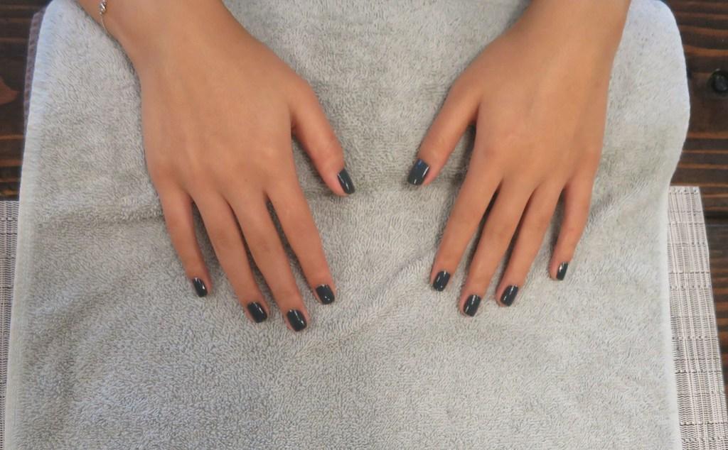 natural nail polish manicure