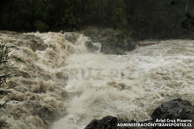 Saltos de Marimán / Río Trancura