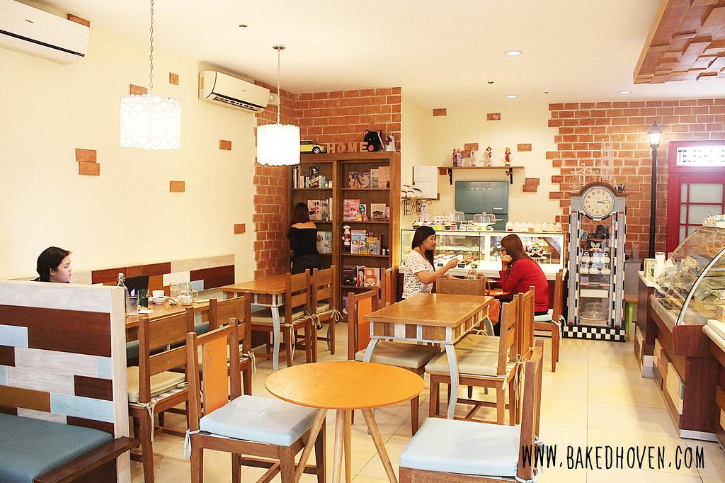 Kats Cafe15