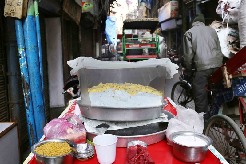 City Food - Daulat ki Chaat, Gali Kallan Kahar