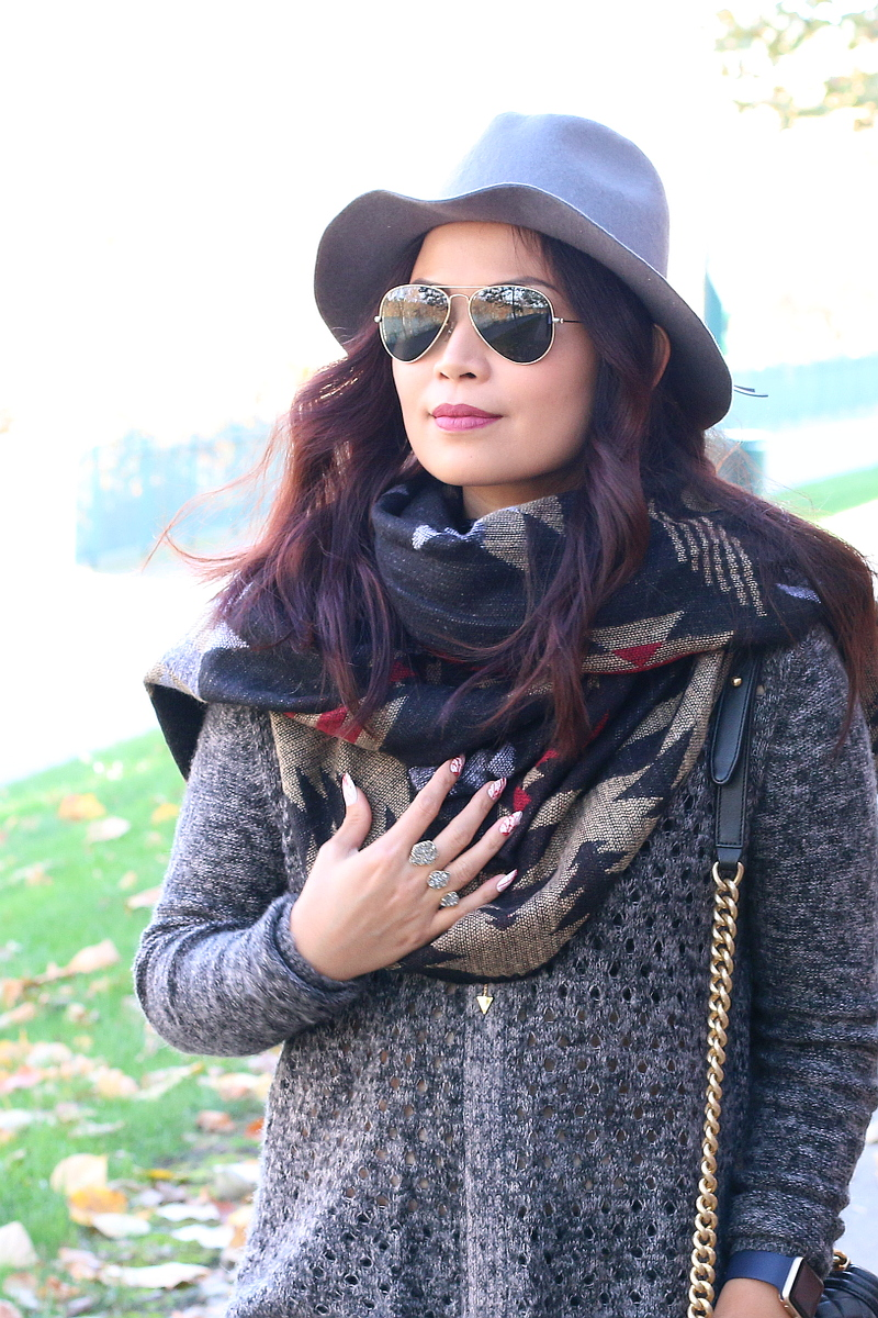 Fall-outfit-use-poncho-infinity-scarf-3b