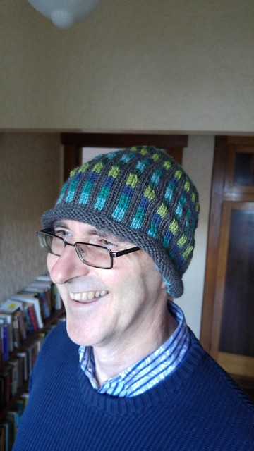 Hat completed (but not yet blocked) 'look into the light!)