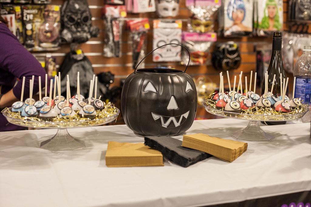 halloween cake pops diannes delights seattle