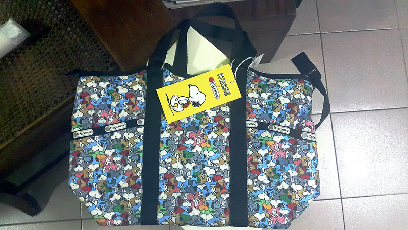 20151217_182731 LeSportsac Snoopy