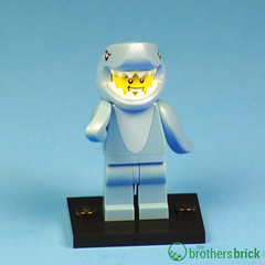 Collectible Minifigs Series 15 Left Shark