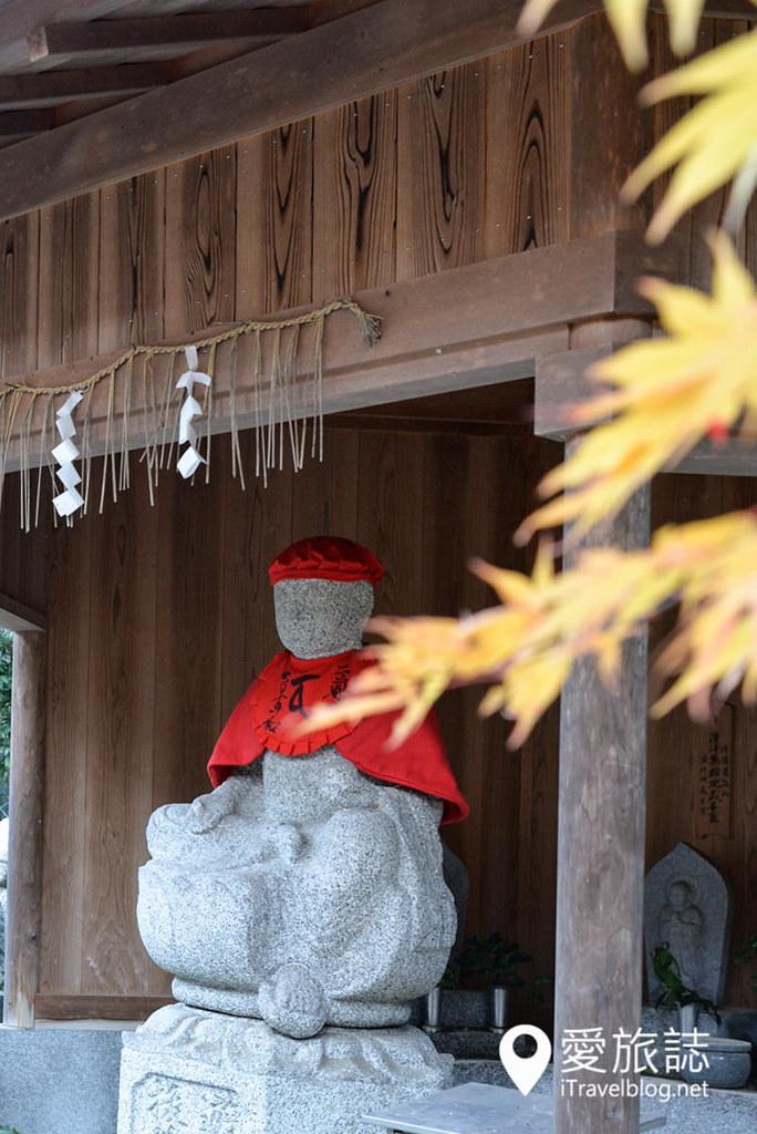 《京都赏枫景点》二尊院:岚山赏枫散策而行,静赏红叶大道之美