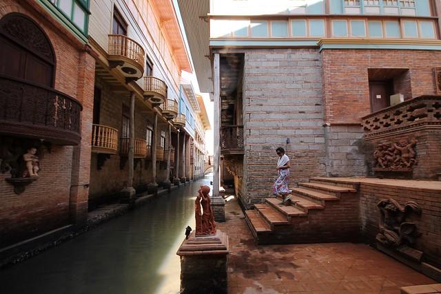 Estero de Binondo at Las Casas Filipinas de Acuzar
