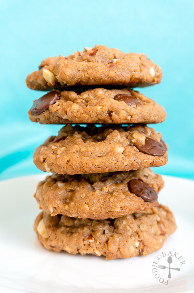Peanut Butter, Oatmeal & Chocolate Chip Cookies