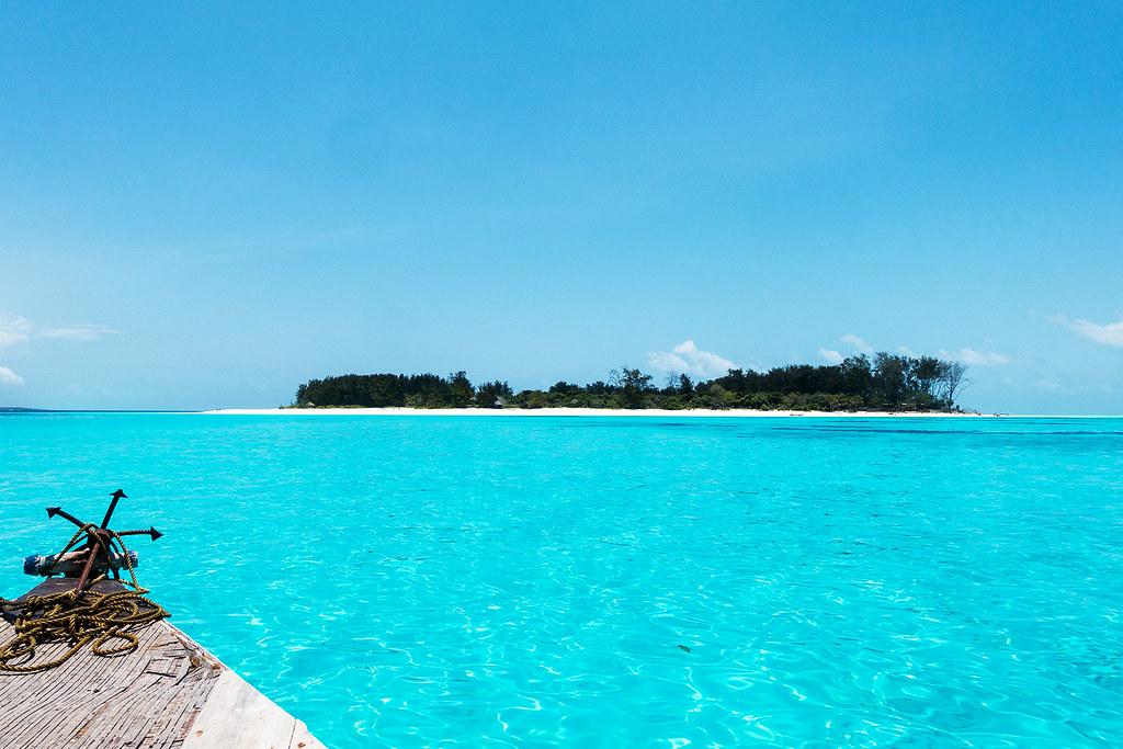 Diving Zanzibar at Mnemba Atoll