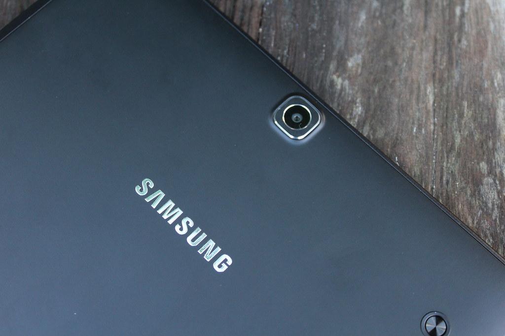 Wil je per se een foto nemen met een Tablet, dan is de 8 megapixel camera best wel goed!