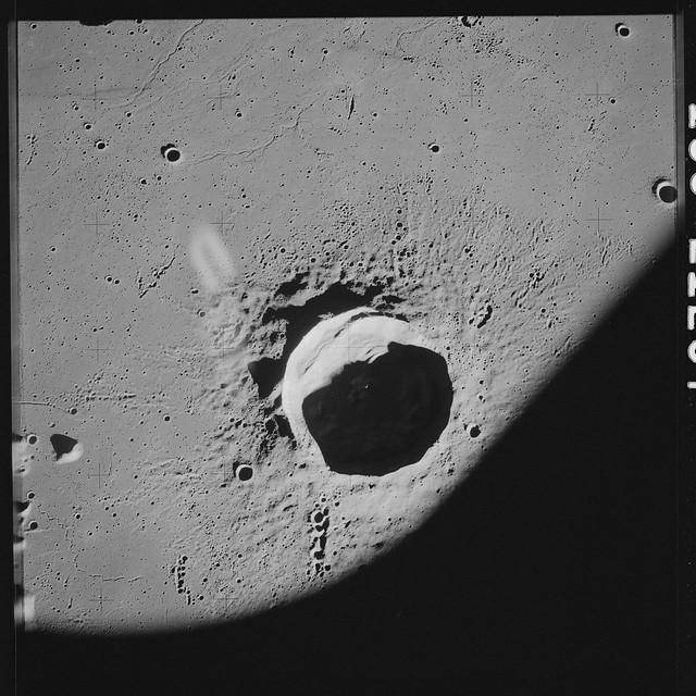 AS17-139-21297