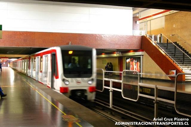 Metro de Santiago - CAF NS2007 N2107 - San Pablo (Línea 1)