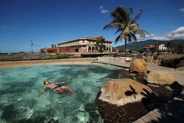 Batis Swimming Pool at Las Casas Filipinas de Acuzar