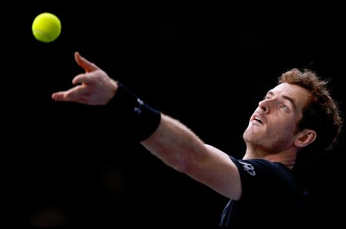 Murray avanza a tercera ronda en París