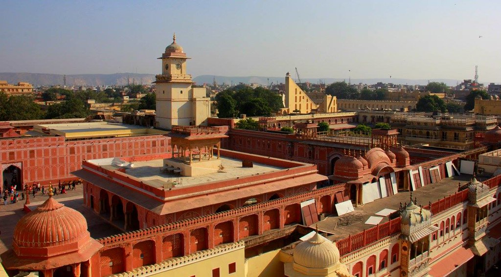 the rooftop view from city palace jaipur