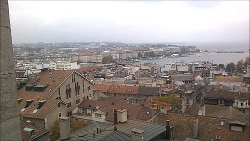 Vistas de Ginebra desde una de las torres de la Cathédrale Saint-Pierre