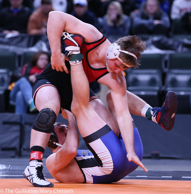 220AA - 1st Place Match - Noah Ryan (Kasson-Mantorville) 40-1 won by decision over Zachary Jakes (Mankato West) 41-1 (Dec 11-5)