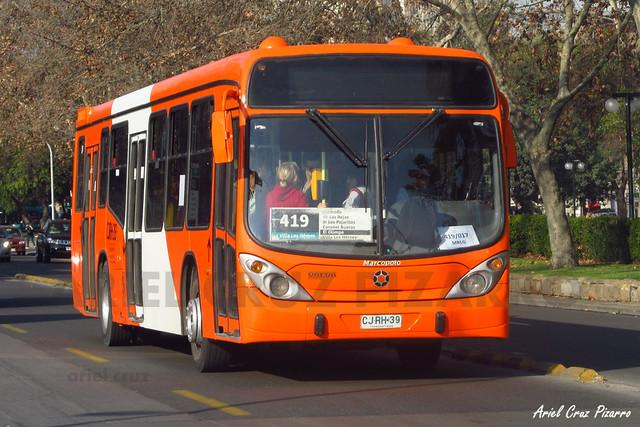 Transantiago - Express de Santiago Uno - Marcopolo Gran Viale / Volvo (CJRH39)