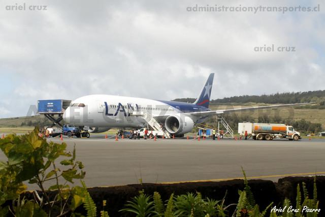 LAN Airlines - IPC (Isla de Pascua) - Boeing 787 Dreamliner CC-BBI
