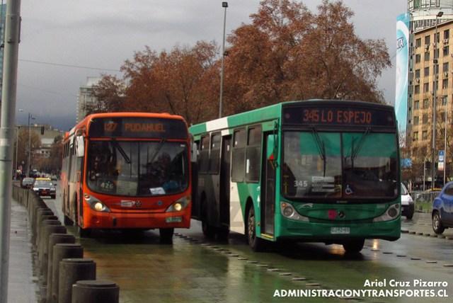 Transantiago - Express de Santiago Uno - Marcopolo Gran Viale / Volvo (FLXH29)