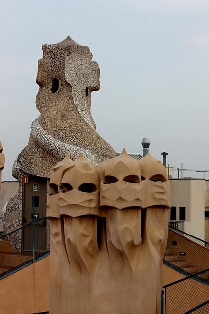 La Pedrera chimeneas