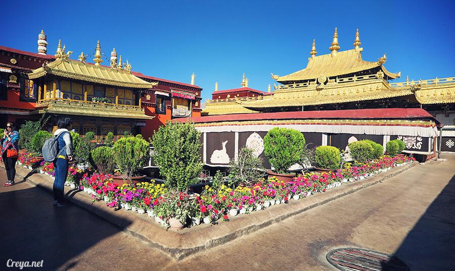 2015.12.09 | Tibet 西藏踢北去 | 尋找藏人真正的拉薩中心,被信仰力量震撼的大昭寺與舊城區 13.jpg