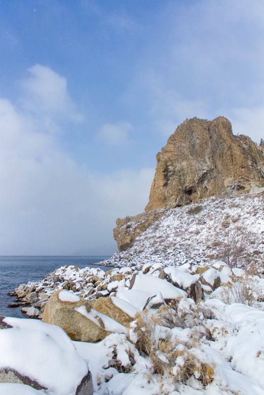 11.27. Cave Rock