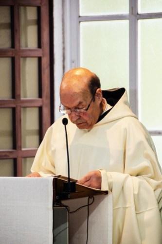 """""""50 años"""" con monjes y monjas"""