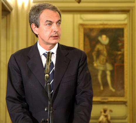 11c19 Zapatero se va a la guerra de Libia_0012 variante 1 Uti 465