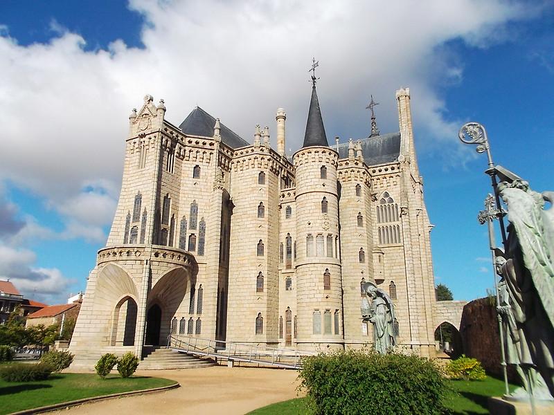 Astorga Gaudí l4l