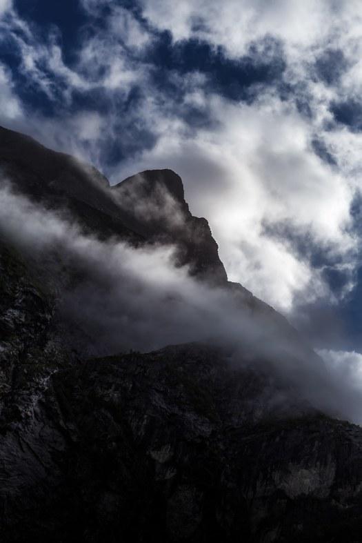 Från bergets fot