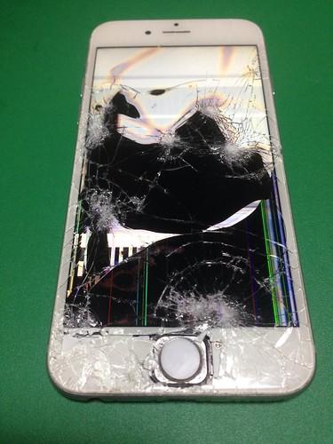 5_iPhone6のフロントパネル液晶割れ