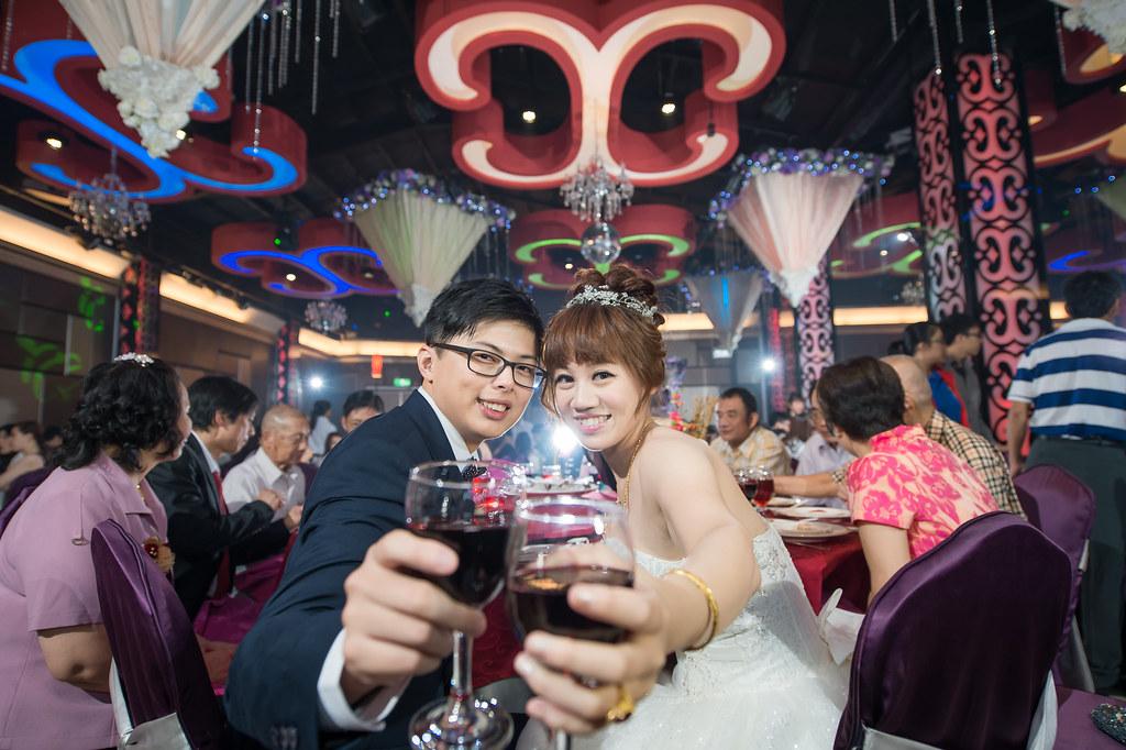 [葉子婚攝團隊]婚攝阿德0938350385 婚攝阿德 https://www.dearvision.co/