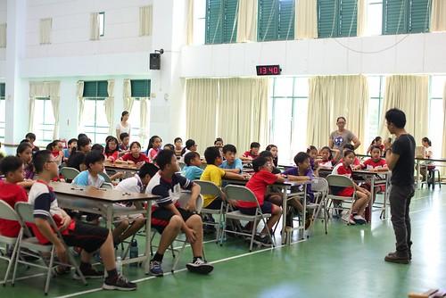 家長,是老師的後盾與資源/到女兒班上帶活動(小五下學期,10.11ys)