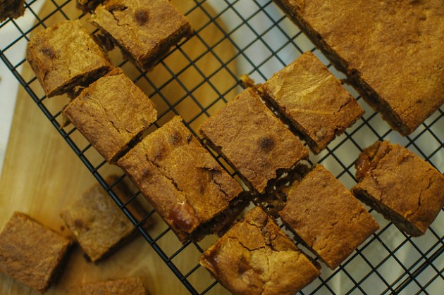 Pecan & Toffee Blondies