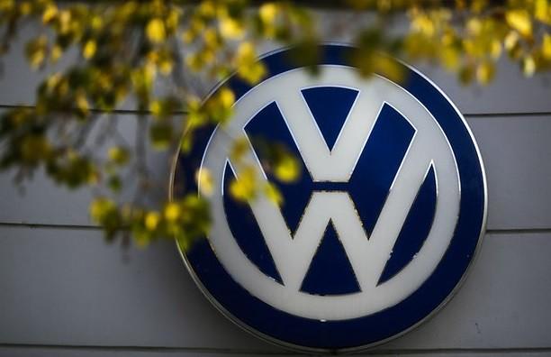Marca de lujo de VW llama a revisión a casi 30 mil autos