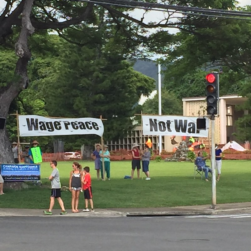 Honolulu,HI peace vigil 9-21-16 (2)