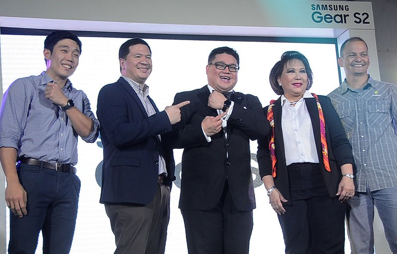 To enrich the Gear S2 experience, Samsung partnered with  Crossfit MNL, Volkswagen, and Marilou Co Jewelry