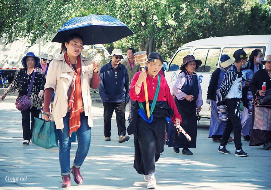 2015.12.04  Tibet 西藏踢北去   藏人的精神殿堂布達拉宮,但或許不只我們高山反應沒精神…20.jpg