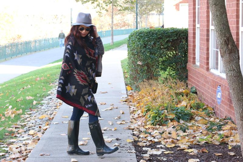 Fall-outfit-poncho-sideways-4b