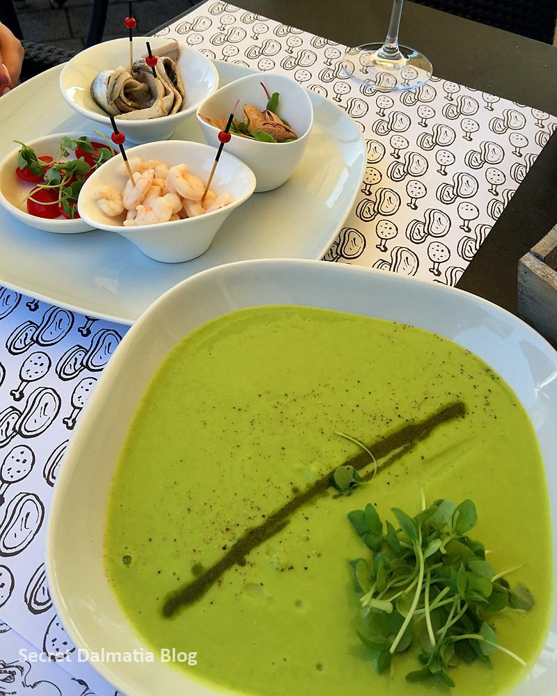 Green peas soup...