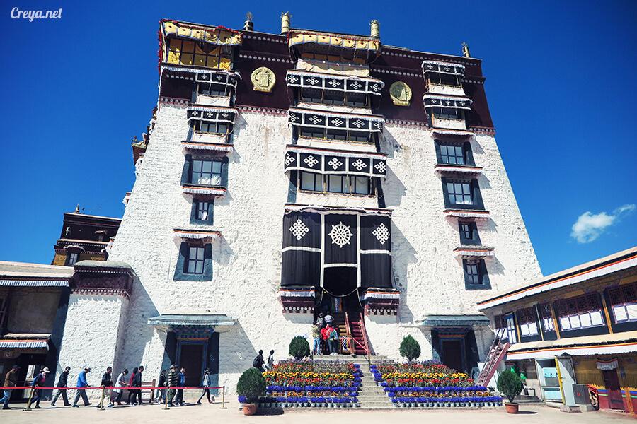 2015.12.04  Tibet 西藏踢北去   藏人的精神殿堂布達拉宮,但或許不只我們高山反應沒精神…18.jpg