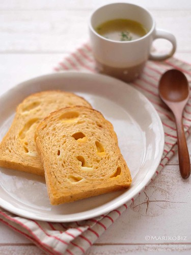 トマトチーズ食パン 20151217-DSCF8825
