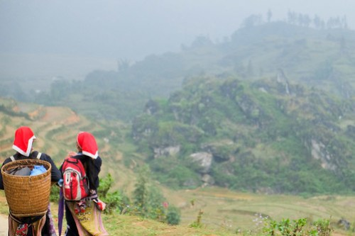 Smoky hills. Sa Pa trek