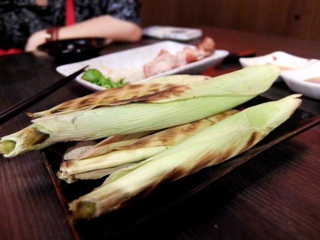 燒玉米筍,一共有五支....