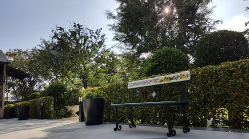 บรรยากาศภายใน Rancho Charnvee Resort & Country Club ... เก้าอี้ในรูปนั่นมาจากอิตาลี