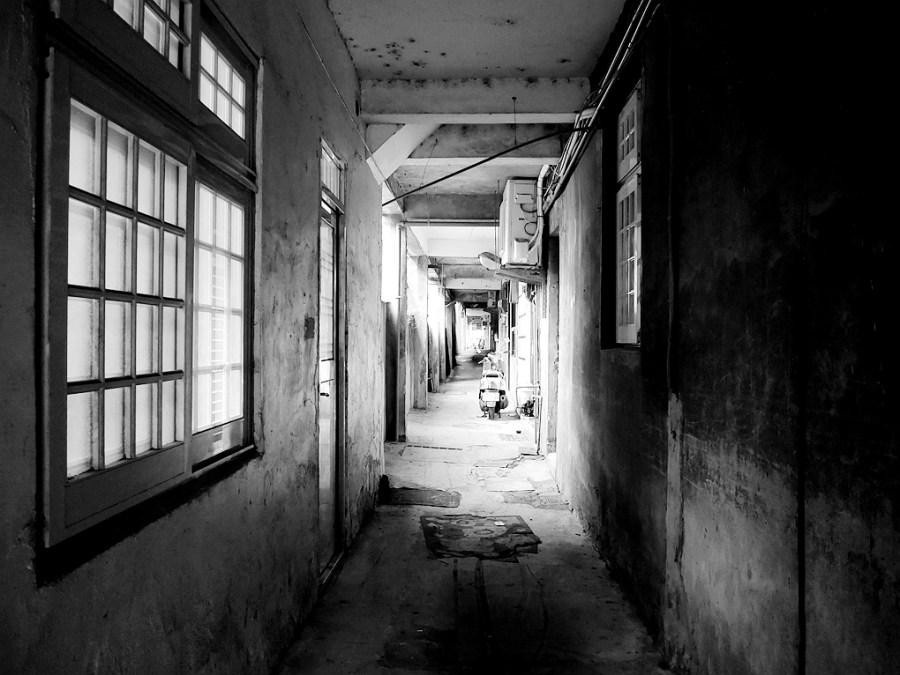 [龜山美食]八號咖啡館 隱藏在巷弄之中的咖啡館~提供免費桌遊、wifi.無用餐時間限制 @VIVIYU小世界