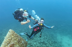 BK amputee diving instructor and diver 2